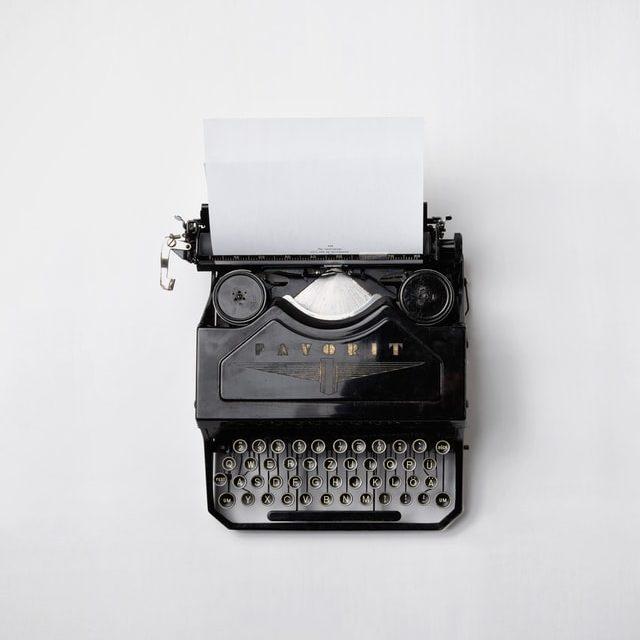 #15 關於故事結構與情緒。文學獎評審希望看到什麼樣的現代詩作品呢?